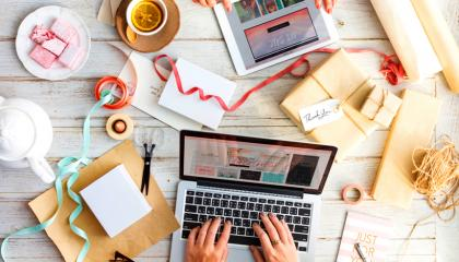 company_advertisement_market